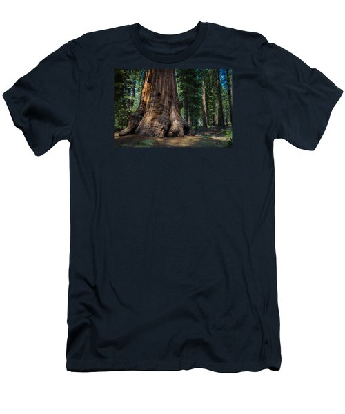 Gentle Giant Men's T-Shirt (Athletic Fit)