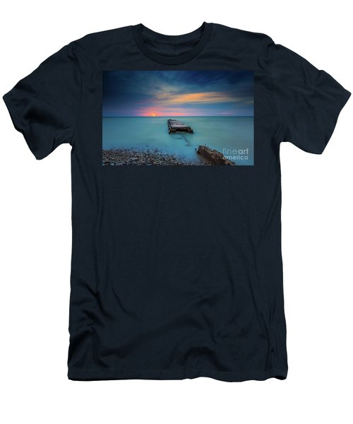 Glimpsing Sun Men's T-Shirt (Athletic Fit)
