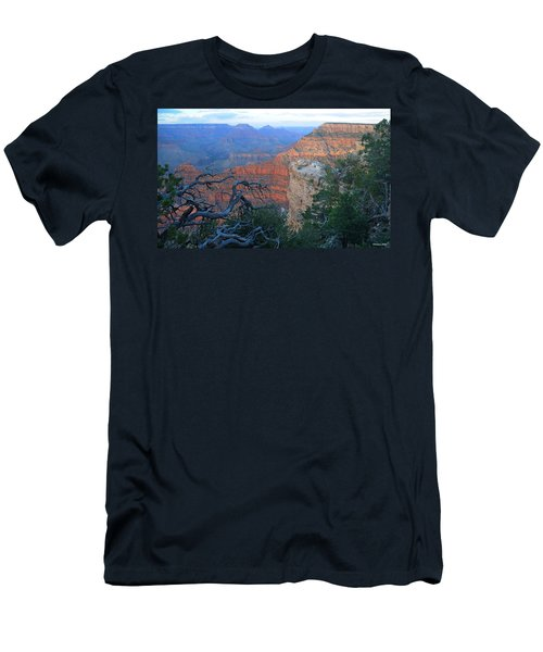 Grand Canyon South Rim - Red Hues At Sunset Men's T-Shirt (Athletic Fit)