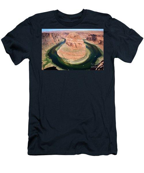 Horseshoe Bend Colorado River Men's T-Shirt (Athletic Fit)