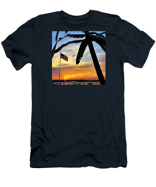 I Never Tire Of Sunsets Men's T-Shirt (Athletic Fit)