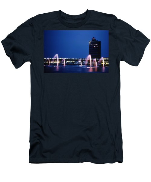 Men's T-Shirt (Athletic Fit) featuring the photograph Idlewild Fountain And Tower by John Schneider