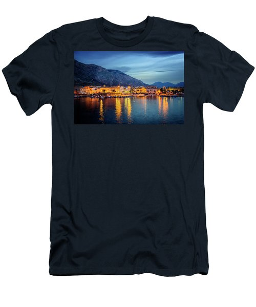 Isola Delle Femmine Harbour Men's T-Shirt (Athletic Fit)