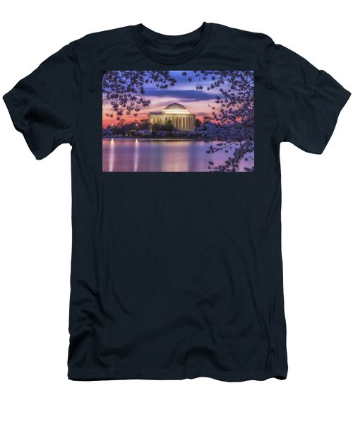 Jefferson Memorial Pre-dawn Men's T-Shirt (Athletic Fit)