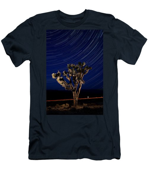 Joshua Tree And Star Trails Men's T-Shirt (Athletic Fit)