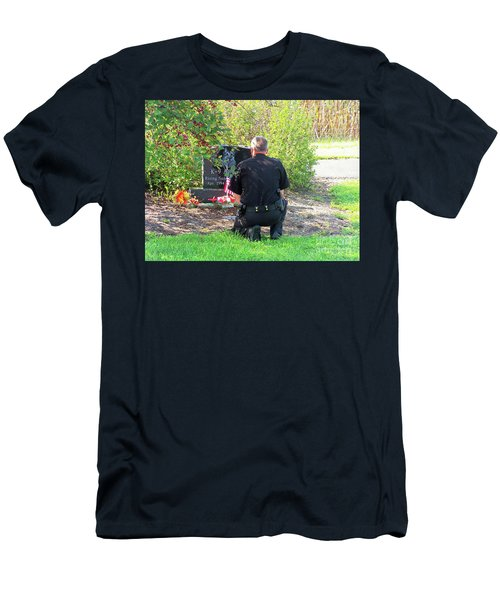 K-9 Arthur Men's T-Shirt (Athletic Fit)