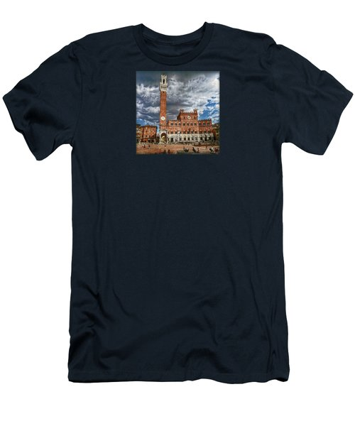 La Piazza Men's T-Shirt (Slim Fit) by Hanny Heim