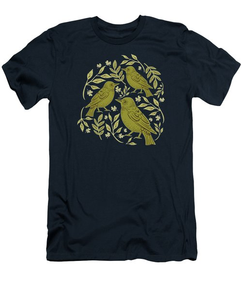 Little Wrens Hiding In The Hedgerow Men's T-Shirt (Athletic Fit)