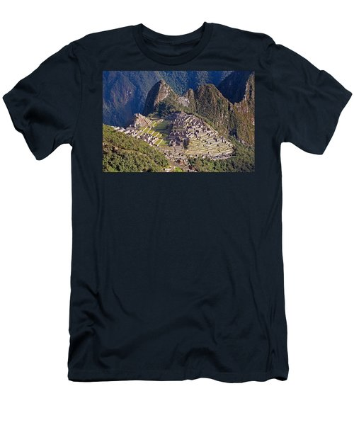 Machu Picchu Men's T-Shirt (Athletic Fit)
