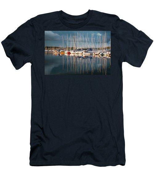 Marina Sunset 7 Men's T-Shirt (Athletic Fit)