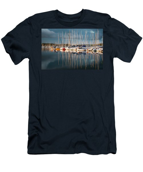 Marina Sunset 7 Men's T-Shirt (Athletic Fit)