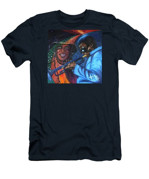 Blaa Kattproduksjoner            Miles Davis - Smiling Men's T-Shirt (Athletic Fit)