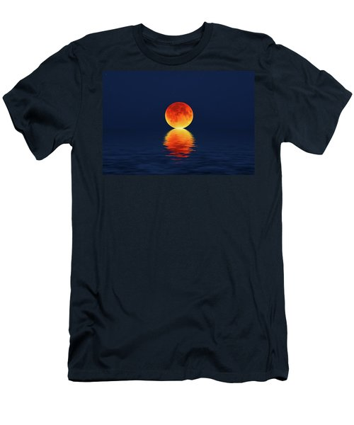 Moon Kissing The Sea Men's T-Shirt (Athletic Fit)