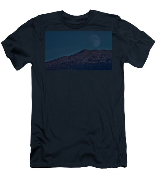 Moonrise Mount Adams Men's T-Shirt (Athletic Fit)