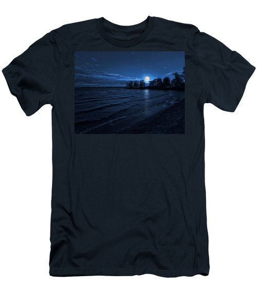 Moonrise On The Beach Men's T-Shirt (Athletic Fit)
