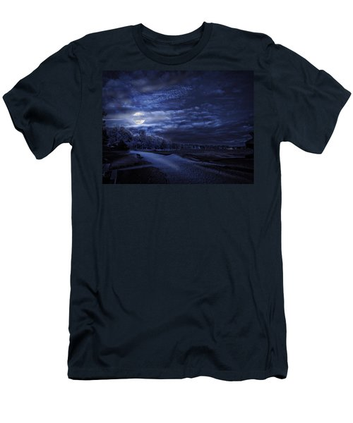 Moonrise Over Pymatuning Lake Men's T-Shirt (Athletic Fit)