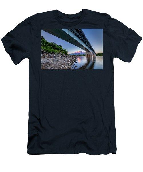 Mt Fuji - Under The Bridge Men's T-Shirt (Athletic Fit)