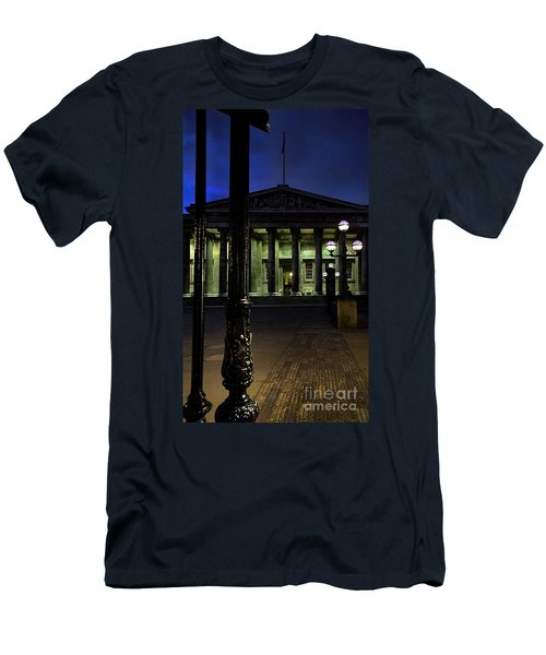 Night At The Museum Men's T-Shirt (Athletic Fit)