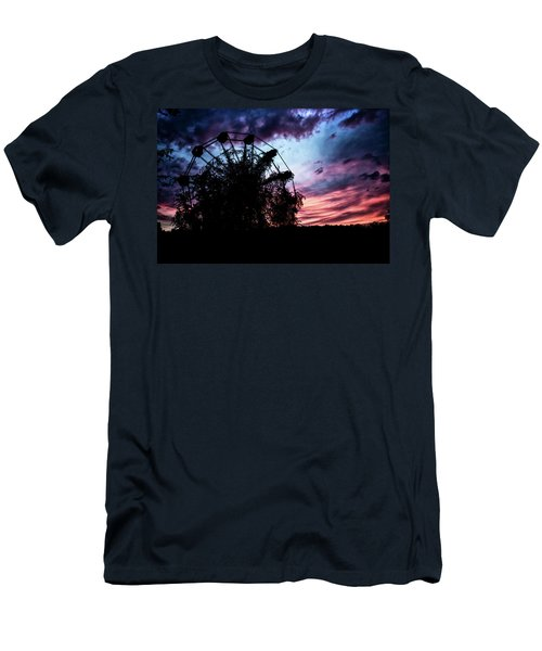 Ominous Abandoned Ferris Wheel Men's T-Shirt (Athletic Fit)