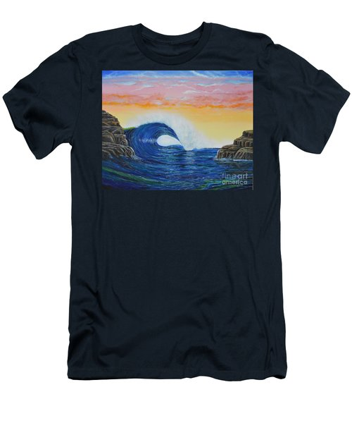Perfect Curl Men's T-Shirt (Athletic Fit)