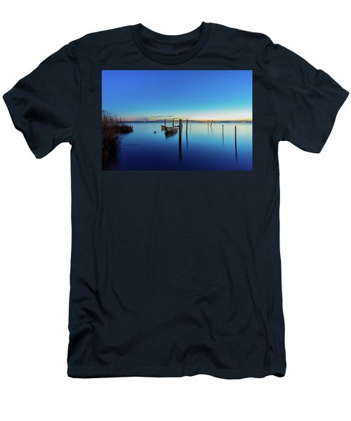 Perspective Men's T-Shirt (Athletic Fit)