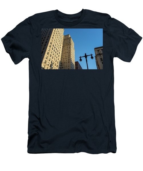 Philadelphia Urban Landscape - 0948 Men's T-Shirt (Slim Fit) by David Sutton