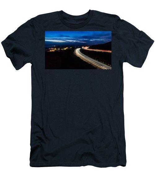 Point Vincente Light Trails Men's T-Shirt (Athletic Fit)