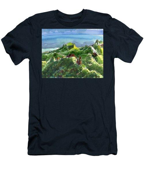 Rarotonga, Te Kou Mountain View Men's T-Shirt (Athletic Fit)