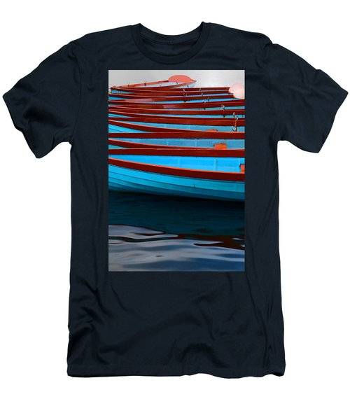 Red And Blue Paddle Boats Men's T-Shirt (Athletic Fit)