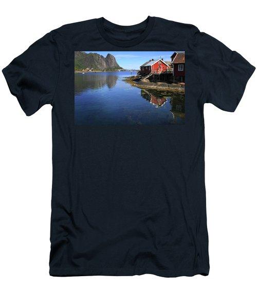 Reine, Norway Men's T-Shirt (Athletic Fit)