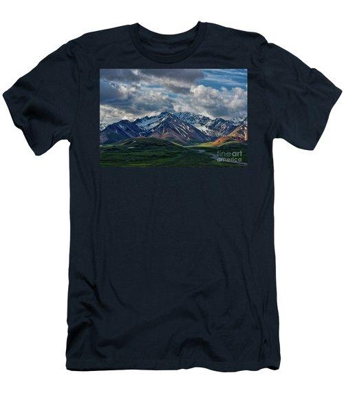 Rocky Range Denali Np Men's T-Shirt (Athletic Fit)