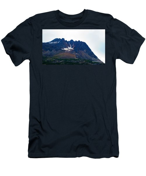 Sawtooth Alaska Men's T-Shirt (Athletic Fit)