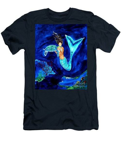 Sea Turtle Kiss Men's T-Shirt (Athletic Fit)