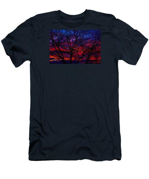 Silhouette 1 Men's T-Shirt (Slim Fit) by Paul Marto