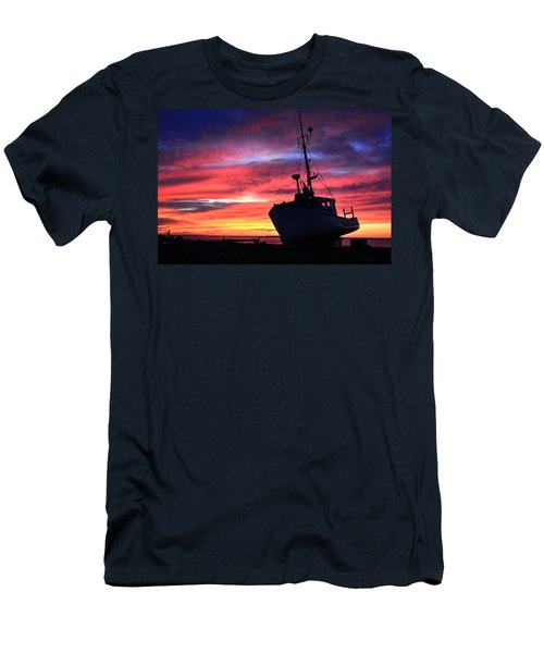 Silhouette Sunset Men's T-Shirt (Athletic Fit)