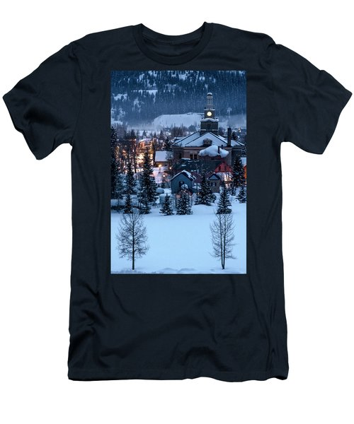 Silverton At Night Men's T-Shirt (Athletic Fit)