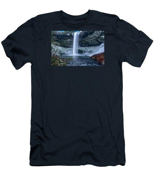 South Silver Falls Men's T-Shirt (Athletic Fit)