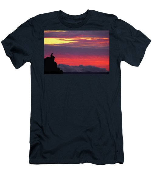 State Of Play Men's T-Shirt (Athletic Fit)
