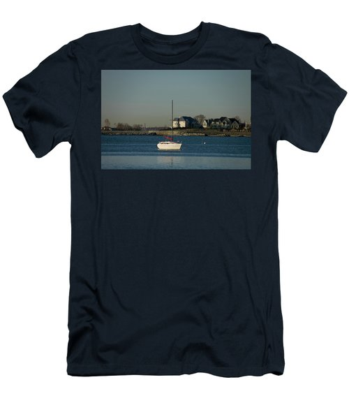 Still Boat Men's T-Shirt (Athletic Fit)