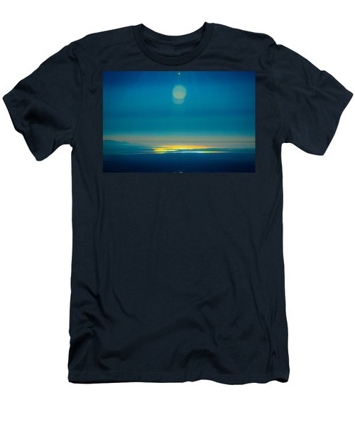 Sun Going Down On The Sound Men's T-Shirt (Athletic Fit)