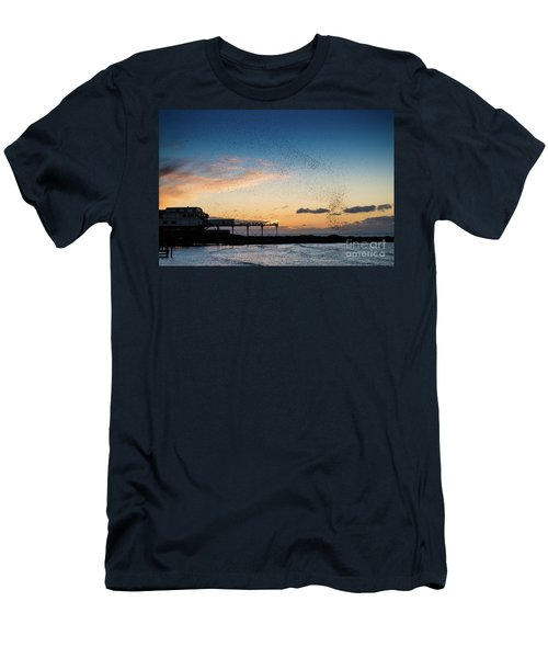 Sunset Over Aberystwyth Pier Men's T-Shirt (Athletic Fit)