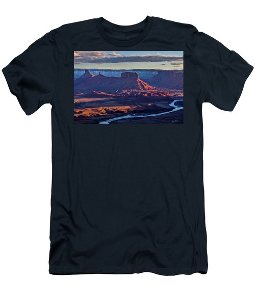 Sunset View From Omg Point Men's T-Shirt (Athletic Fit)