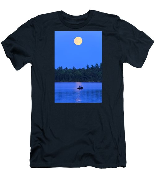 Men's T-Shirt (Slim Fit) featuring the photograph Super Moon At The Lake by Barbara West