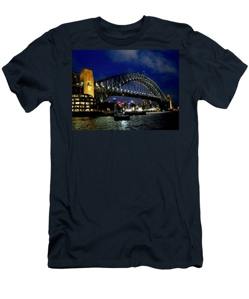 Sydney Harbour Bridge Men's T-Shirt (Athletic Fit)