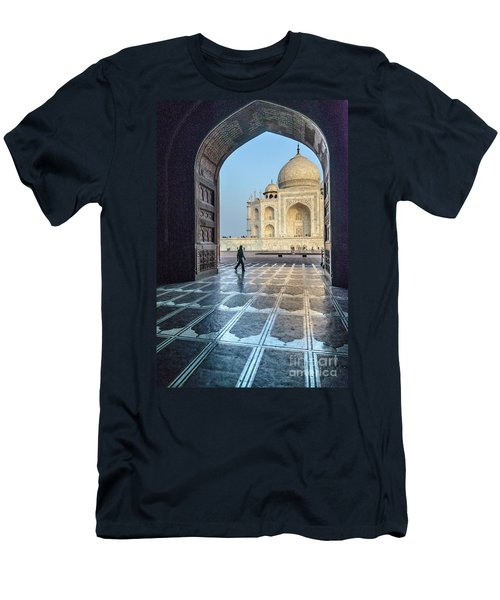 Taj Mahal 01 Men's T-Shirt (Athletic Fit)