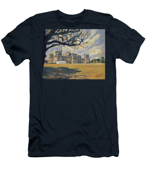 The White Party Tent Along Blenheim Palace Men's T-Shirt (Athletic Fit)