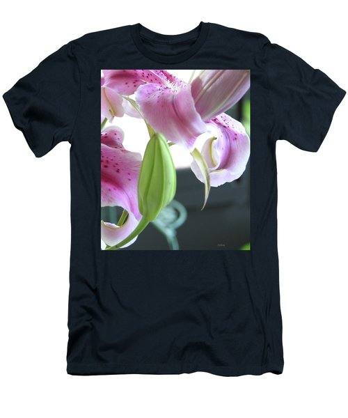 Tiger Lily Bud Men's T-Shirt (Athletic Fit)