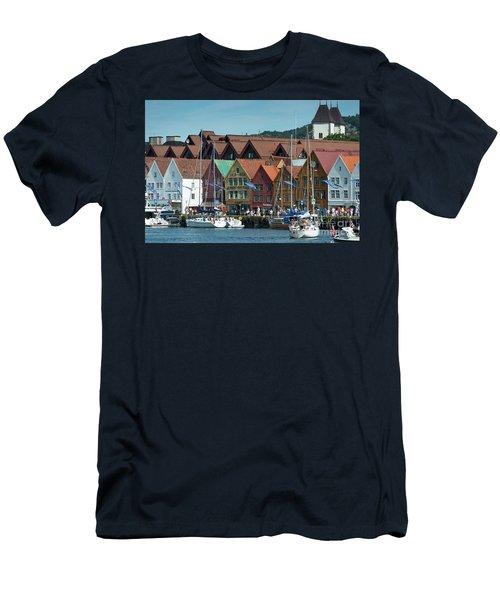 Tyske Bryggen Men's T-Shirt (Athletic Fit)