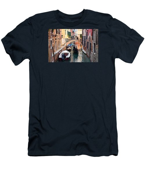 Venice Gondolier Men's T-Shirt (Slim Fit) by Frozen in Time Fine Art Photography