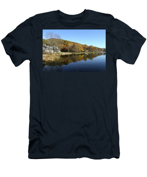 View Of Peaks Of Otter Lodge And Abbott Lake  In Autumn Men's T-Shirt (Slim Fit) by Emanuel Tanjala